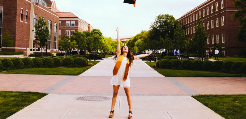 Struggling To Find Your Dream Job? 4 Reminders For Recent Grads