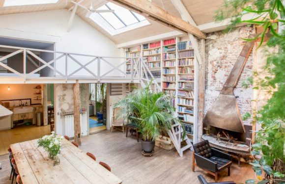 Paris For $50 A Night? 14 Parisian Apartments Of Your Dreams