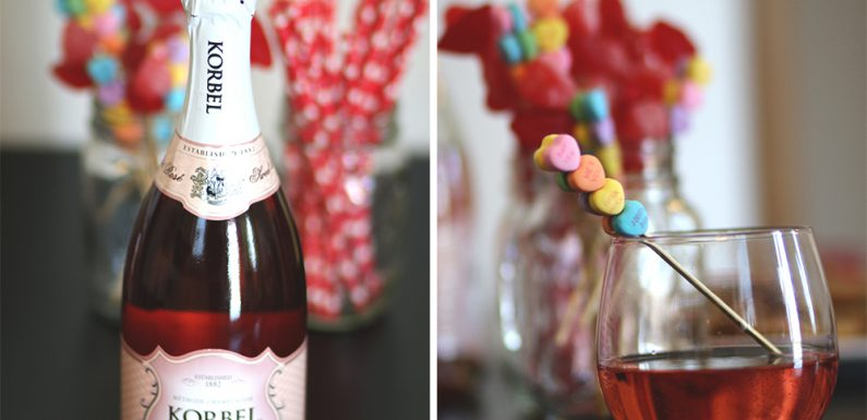 How To Throw A Last Minute Galentine's Day Party