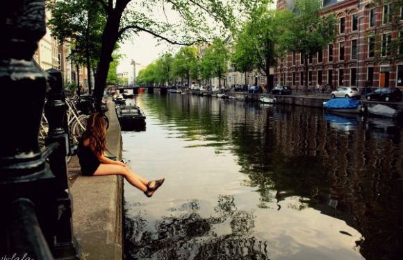 Want To Really See The World? Travel Broke